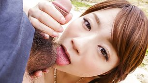 Mayuka Akimoto gives an outdoor asian blow job