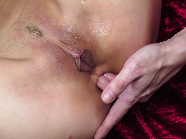 Sera Ichijo enjoys cock deep in her lovely ass Photo 9