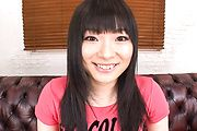 Hina Maeda shaves her pink japanese pussy Photo 1