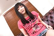 Hina Maeda shaves her pink japanese pussy Photo 6