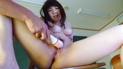 Teen Yuri Sato uses a japanese big...