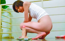 Hot asian milf Akina Hara spends some alone time with a dildo