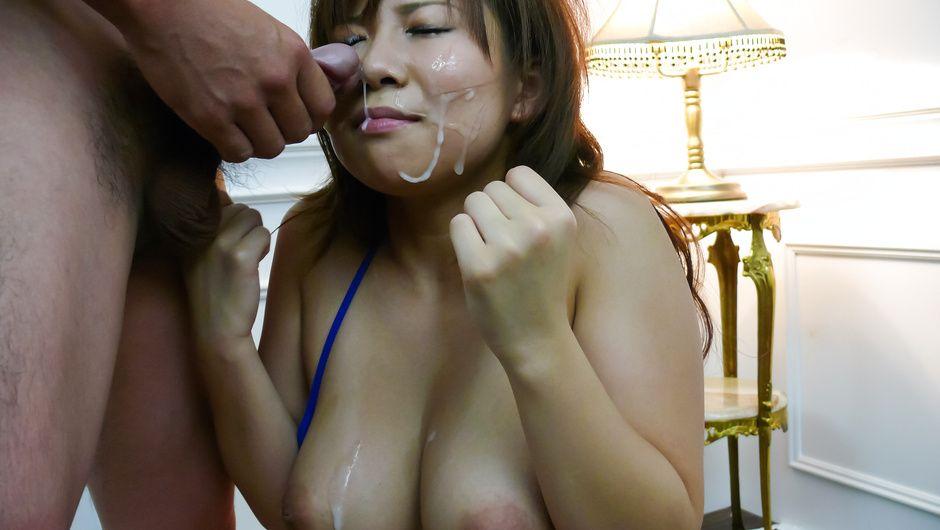 Konatsu Aozona big tits MILF sucks on multiple dicks