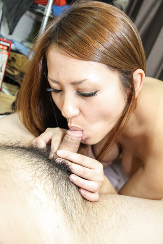 Asian amateur Akiho provide excellent blowjob on cam  Photo 6