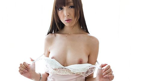 Anri reveals her appetizing curves...